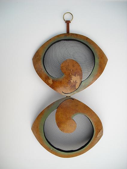 earring holder 21, sold