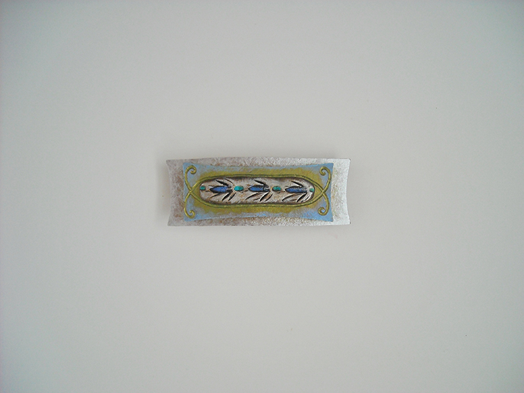 barrette 4, sold